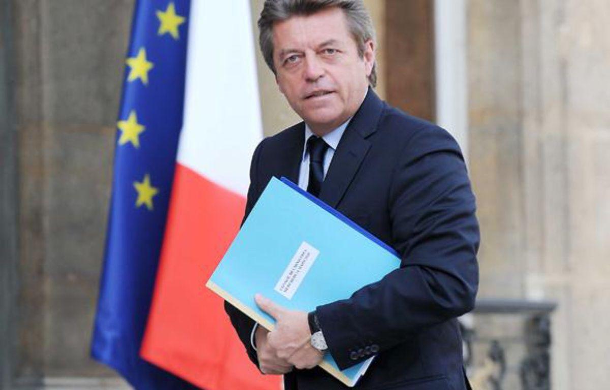 Alain Joyandet arrive à l'Elysée, le 24 mars 2010. – WITT/SIPA