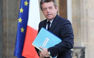 Alain Joyandet arrive à l'Elysée, le 24 mars 2010.