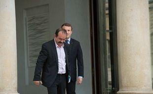 Philippe Martinez (CGT) quitte l'Elysée après une rencontre avec Emmanuel Macron en octobre 2017.