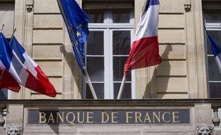 La Banque de France a confirmé lundi s'attendre à un recul de 0,1% du produit intérieur brut (PIB) français au deuxième trimestre, une estimation inchangée par rapport à la précédente, selon son enquête mensuelle de conjoncture.