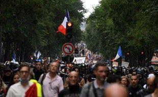 Manifestation à Paris, le 31 juillet 2021, dans le cadre d'une journée nationale de protestation contre l'instauration du pass sanitaire.