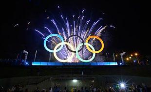 Les anneaux olympiques à Rio, le 20 mai 2015.