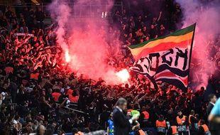 Les tribunes du Parc pendant le match contre Belgrade