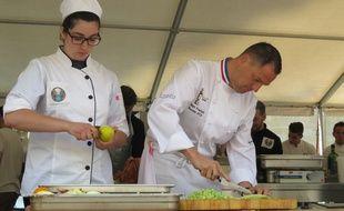 A Bordeaux, le 3 juin, des repas à base d'invendus ont été confectionnés par des chefs.