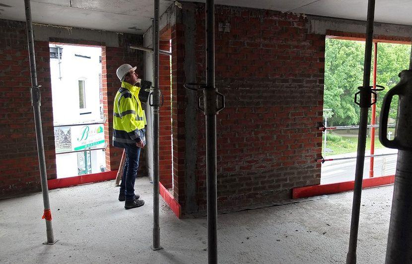 VIDEO. «L'effet de surprise ne dure pas longtemps»... On a suivi un inspecteur du travail lors d'un contrôle sur un chantier