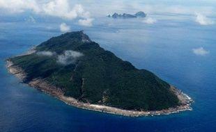 Trois navires gouvernementaux chinois sont entrés lundi dans les eaux territoriales d'îles contestées au Japon en mer de Chine orientale, ont annoncé les garde-côtes nippons.