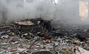Plus de 140 personnes ont été tuées et des centaines blessées samedi, selon l'ONU, dans la capitale du Yémen, Sanaa