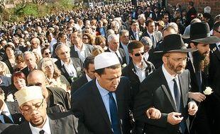 L'an dernier, lors de la marche blanche, rabbins et imams étaient côte à côte.