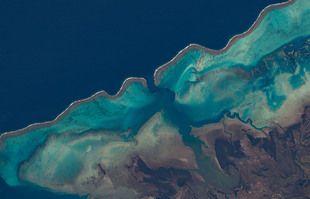 Les récifs de la baie Moindou, en Nouvelle-Calédonie.