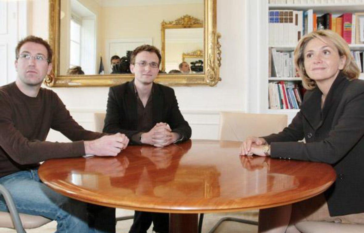 Valérie Pécresse s'est entretenue avec chacune des cinq organisations étudiantes. Ici, Thierry Lecrars et Jean-Baptiste Prévost, respectivement vice-président et président de l'Unef.   – AFP