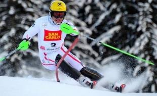 L'Autrichien Marcel Hirscher a remporté le slalom d'Alta Badia en Italie lundi, comptant pour la Coupe du monde, en devançant le champion olympique italien Giuliano Razzoli de 56/100 et l'Allemand Felix Neureuther de 60/100.