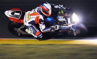 La Kawasaki N.11, tenante du titre, menait toujours les débats à l'issue de la 7e heure de course des 24 Heures du Mans Moto, possédant près d'un tour d'avance sur la Yamaha N.94, de l'écurie française GMT, et la Suzuki N.1.