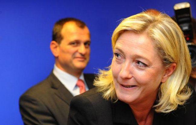 Louis Aliot et Marine Le Pen à Nanterre, le 6 octobre 2011.