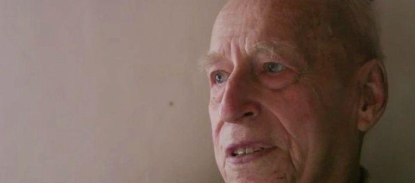 L'ancien SS, Karl Münter, interviewé par la télévision allemand ARD.