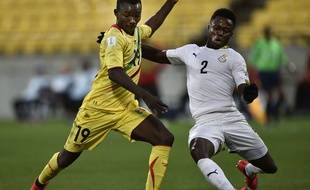 Le Malien Adama Traore (à gauche, lors du match entre le Ghana et le Mali, en coupe du Monde 020.