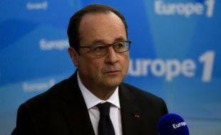 Le président français François Hollande sur Europe 1 le 17 mai 2016 à Paris
