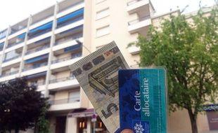 « L'exécutif va officiellement abandonner la baisse couplée des aides au logement et des loyers perçus par les organismes HLM », avait affirmé plus tôt BFM Business.