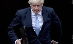 Boris Johnson droit devant