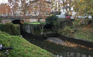Le Canal du Midi à Toulouse, le 02 décembre 2019, au début de sa vidange.