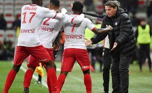 La joie toulousaine après le but de Max-Alain Gradel à Nice, le 3 février 2018.