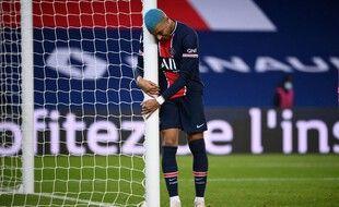 Kylian Mbappé est le deuxième joueur le mieux payé de Ligue 1 derrière Neymar.