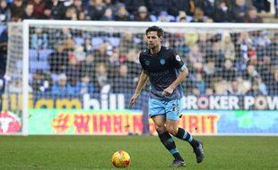 L'ancien Canari Vincent Sasso, sous le maillot de Sheffield Wednesday.