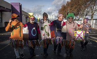 Les ZZZIgautos, gagnants dans la catégorie groupe, du deuxième championnat de pull moche, le 1er décembre à Albi.