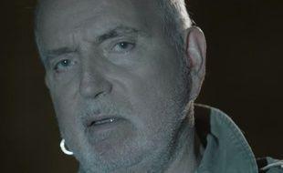 Capture d'écran du clip de la chanson «La Loi du marché» - Bernard Lavilliers.