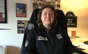 La commissaire divisionnaire Emmanuelle Oster, la chef du commissariat du 18e arrondissement