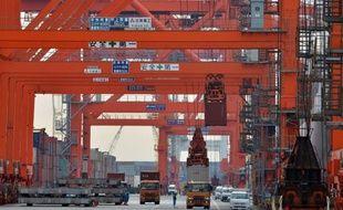 Le Japon a subi en janvier le pire déficit commercial de ses annales, près de deux ans après l'accident nucléaire de Fukushima qui continue de gonfler sa facture énergétique.