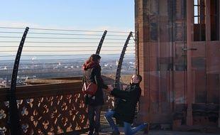 Caroline et Mathieu se sont dit oui sur la plateforme de la cathédrale. Strasbourg le 13 février 2018.