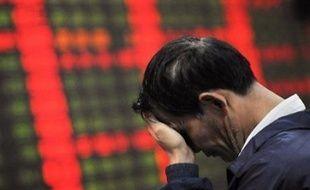 La séance boursière était maussade partout en Asie, sans toutefois atteindre les extrêmes vécus à Tokyo. Vers 03H25 GMT, Séoul reculait de 0,92%, Shanghai de 1,81%, Sydney de 0,44%, Singapour de 0,12%, Manille de 2,45% et Taipei de 0,55%. La Bourse de Hong Kong était fermée en raison d'un jour férié.