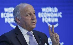 Le ministre des Affaires étrangères Laurent Fabius, le 21 janvier 2016 à Davos, au  Forum économique mondial.