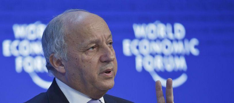L'ex-ministre des Affaires étrangères Laurent Fabius, le 21 janvier 2016 à Davos, au  Forum économique mondial.