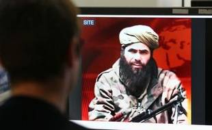 """La France n'acceptera pas que sa politique soit """"dictée à l'extérieur"""", a dit vendredi la ministre des Affaires étrangères, Michèle Alliot-Marie, après un message d'Aqmi prévenant que Paris devait négocier la libération des otages au Mali avec Oussama ben Laden."""