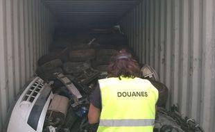 Les douaniers du Havre sont tombés sur 18 tonnes de déchets dangereux à destination du Havre.
