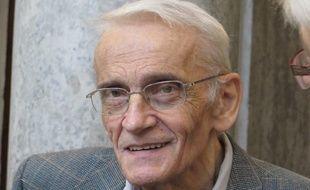 Lyon, le 2 décembre 2014 Le père Gérard Riffard, curé de Saint-Etienne, relaxé en première instance, a été jugé par le cour d'appel de Lyon, pour avoir hébergé des demandeurs d'asile dans une salle paroissiale.