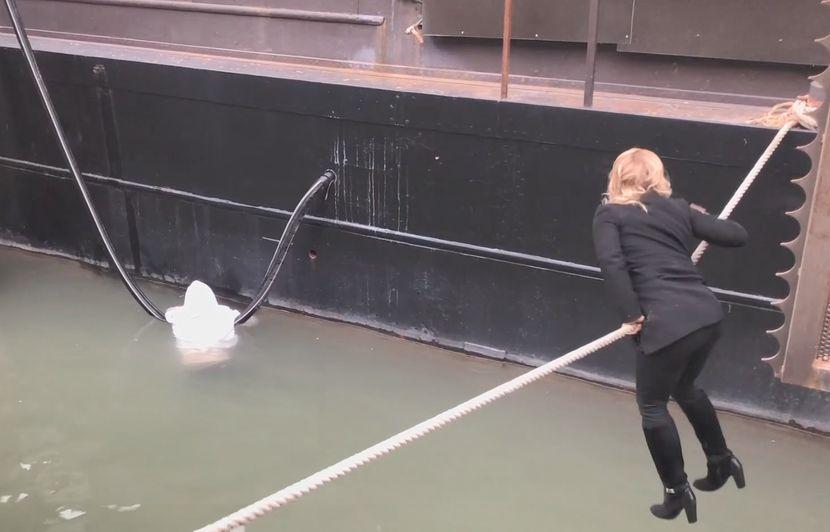 La vidéo d'une élue LR portant secours à un homme en train de se noyer n'est pas une mise en scène