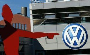 Le logo du constructeur automobile allemand Volkswagen, le 28 septembre 2015, à Düsseldorf (Ouest de l'Allemagne)
