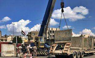 Des murs de béton sont installés à Baghdad, en Irak, en mars 2019.
