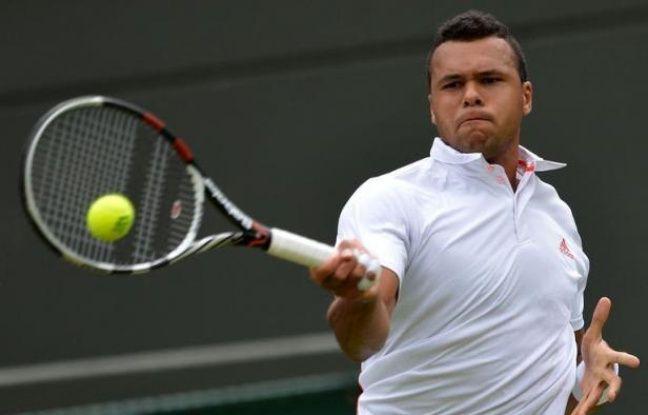 Les Français se sont montrés, comme la veille, particulièrement inspirés mardi à Wimbledon, où six d'entre eux ont franchi le premier tour, dont Jo-Wilfried Tsonga, lequel n'a pas été trop gêné par son doigt blessé et a facilement écarté l'Australien Lleyton Hewitt.