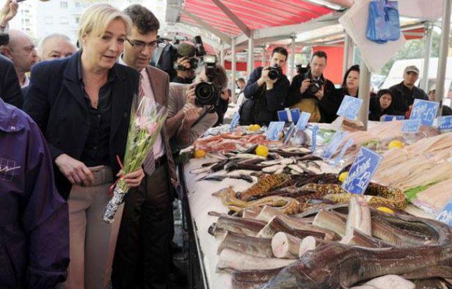 Marine Le Pen en déplacement à Nice (Alpes-Maritimes), le 31 mars 2012.