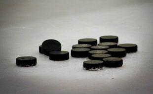 Illustration de palets de hockey.