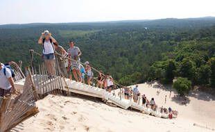 La Dune du Pilat est victime de son succès. Credit:  Caro / Hoffmann/SIPA - 1812131733