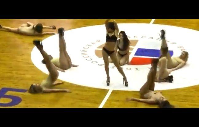 VIDEO. Russie: La performance des pom pom girls du club de basket de Saint-Pétersbourg choque l'opinion