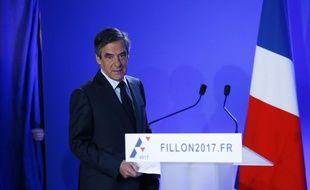 François Fillon, candidat LR à la présidentielle, le 1er mars 2017 au QG de campagne à Paris