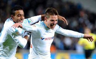 Cesar Azpilicueta est l'arrière qui monte, André Ayew le milieu puncheur-buteur: les deux jeunes hommes ne cessent de prendre du galon à Marseille, avant une rencontre décisive en Ligue des champions mardi à Moscou devant le Spartak.