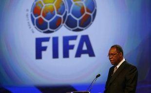 Le patron de la CAF, la confédération africaine de football, Issa Hayatou, lors d'une conférence le 22 juin 2008 à Johannesbourg.