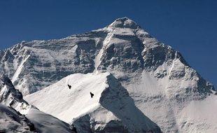 Le Mont Everest, photographié le 5 mai 2008