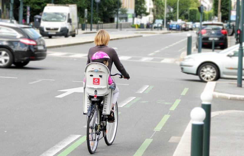 Rennes : Une cycliste de 22 ans décède dans une collision avec un camion